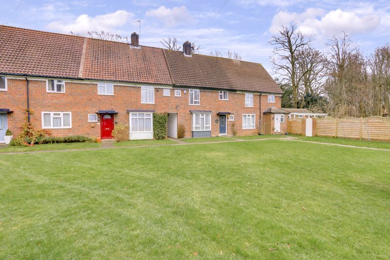 3 bed house for sale in Thornfield Road, SM7