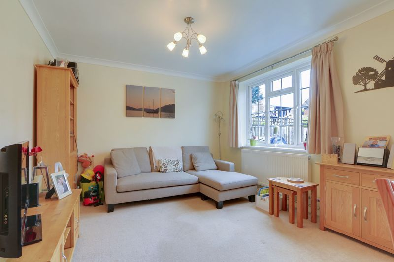 3 bed house for sale in Diceland Road 3