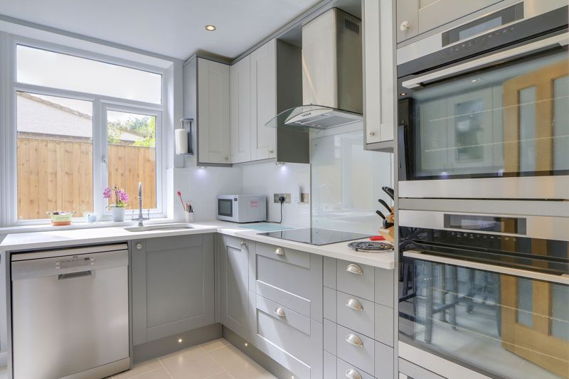 3 bed house for sale in Diceland Road 8