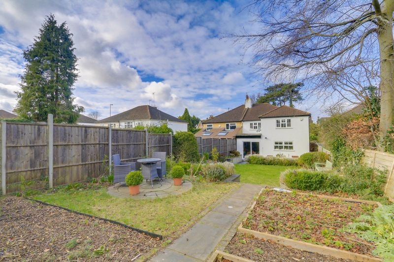 4 bed house for sale in Reigate Road  - Property Image 24