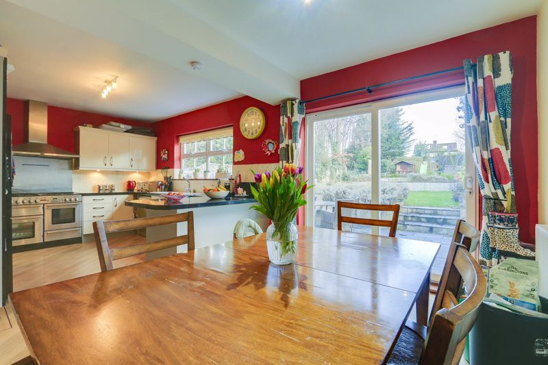 4 bed house for sale in Reigate Road  - Property Image 5