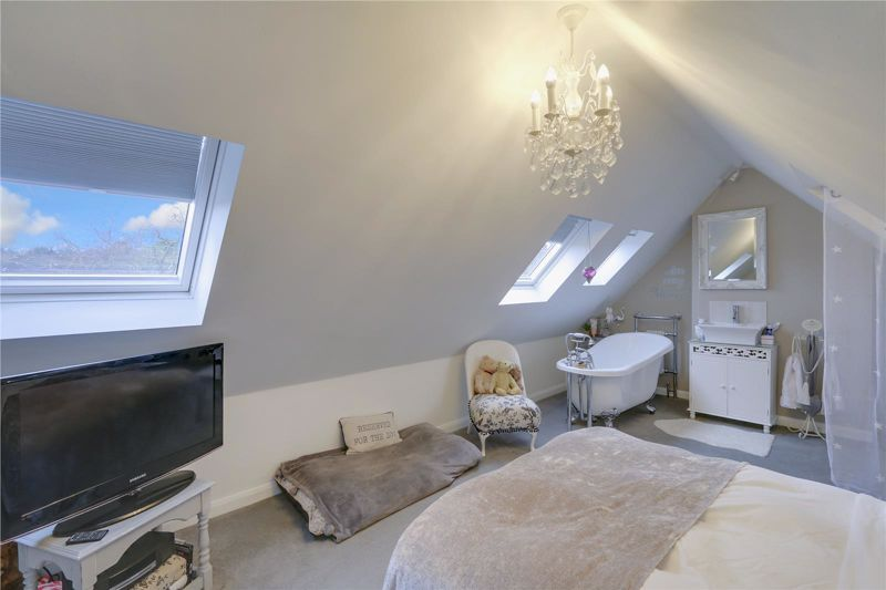 3 bed house for sale in Parsonsfield Close 13