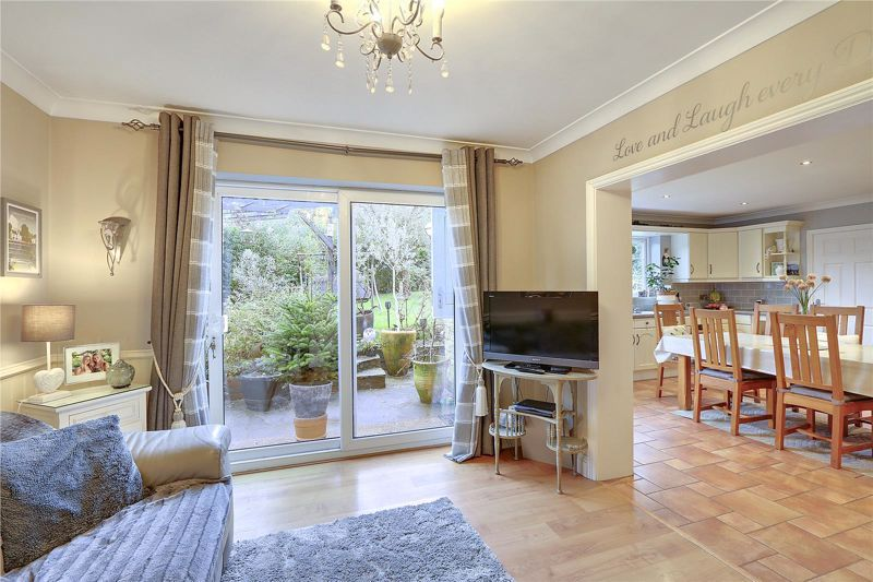 3 bed house for sale in Parsonsfield Close 6