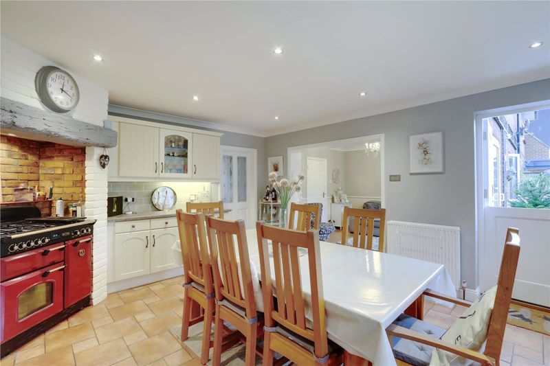 3 bed house for sale in Parsonsfield Close 9