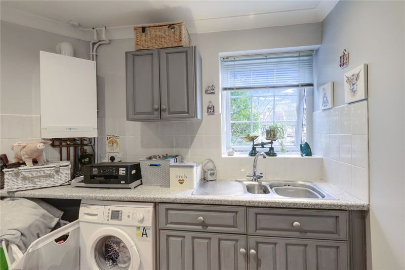 3 bed house for sale in Parsonsfield Close 10