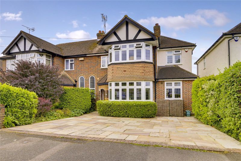4 bed house for sale in Overdale, KT21
