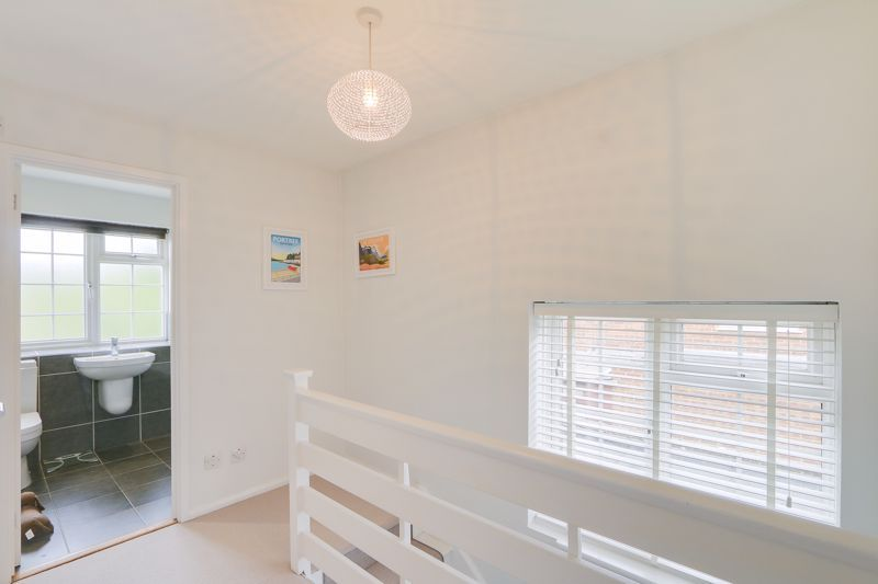 3 bed house for sale in The Driftway  - Property Image 13