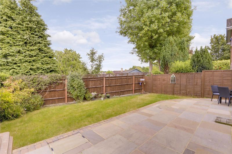 3 bed house for sale in The Driftway  - Property Image 15
