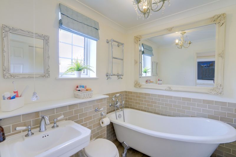 4 bed house for sale in Blue Cedars 18