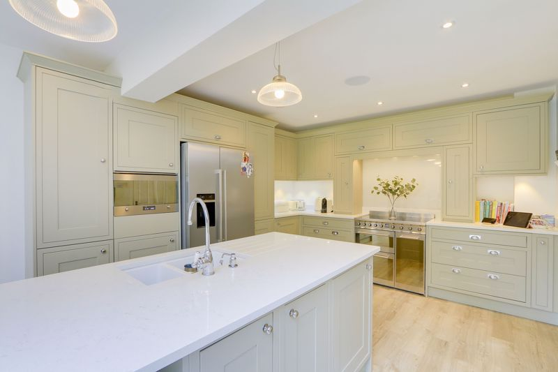 4 bed house for sale in Blue Cedars  - Property Image 4