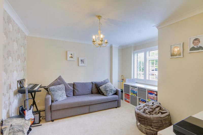 4 bed house for sale in Blue Cedars 6