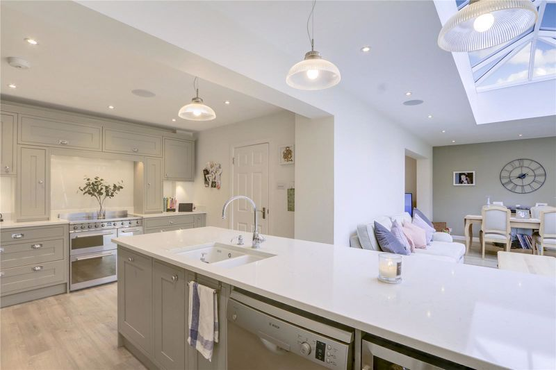 4 bed house for sale in Blue Cedars  - Property Image 10