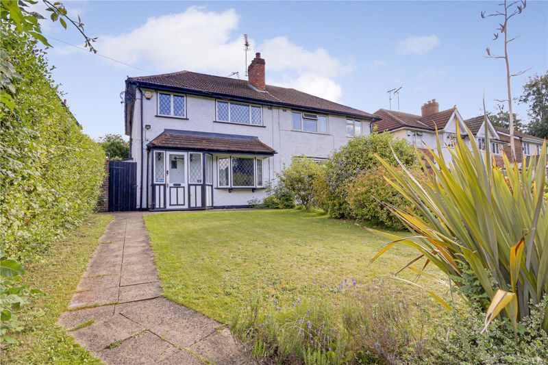 3 bed house for sale in Chipstead Lane, KT20