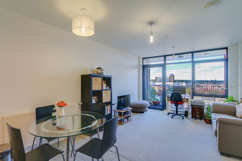 1 bed flat for sale in 453 Purley Way, CR0