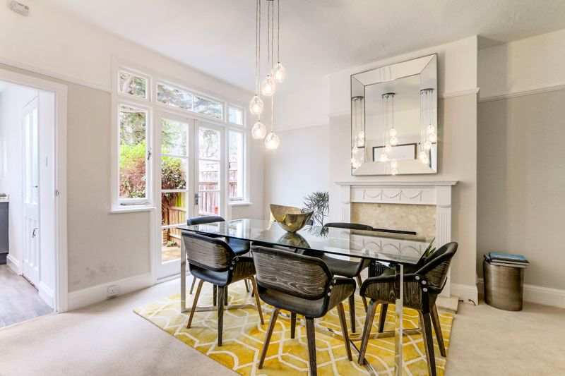 3 bed house for sale in Warren Road  - Property Image 5