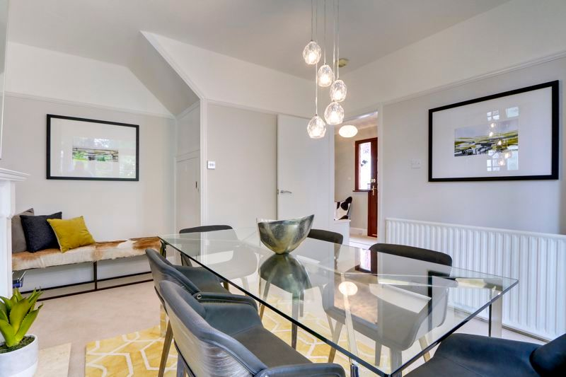 3 bed house for sale in Warren Road  - Property Image 6