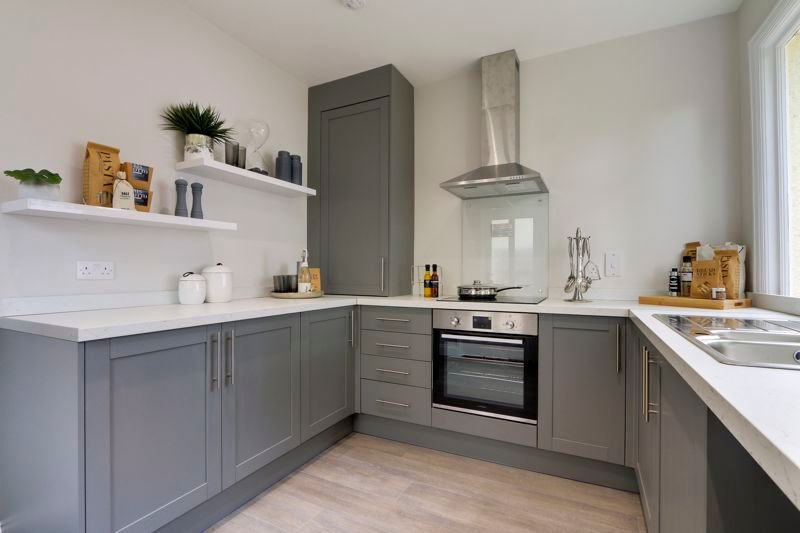 3 bed house for sale in Warren Road  - Property Image 7
