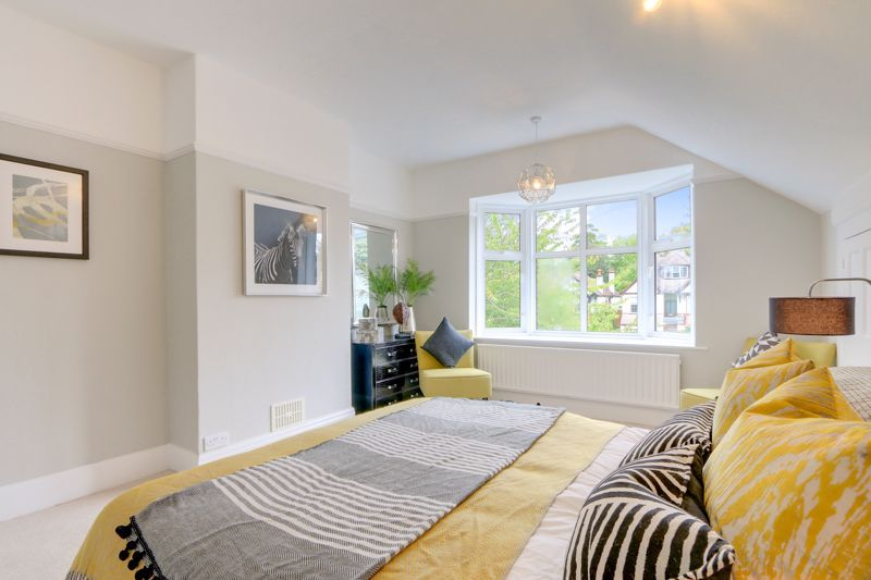 3 bed house for sale in Warren Road  - Property Image 9