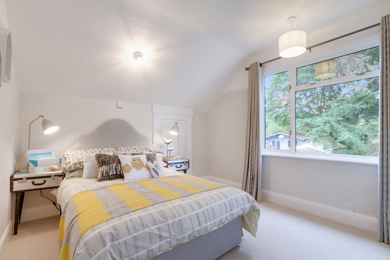 3 bed house for sale in Warren Road 10