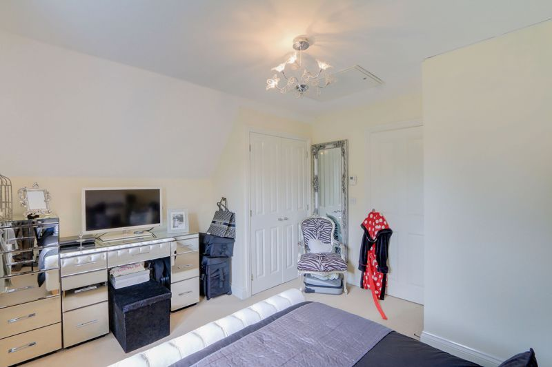 5 bed house for sale in Ash Close 12