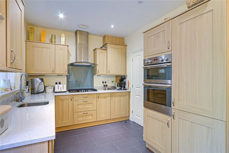 5 bed house for sale in Ash Close 7