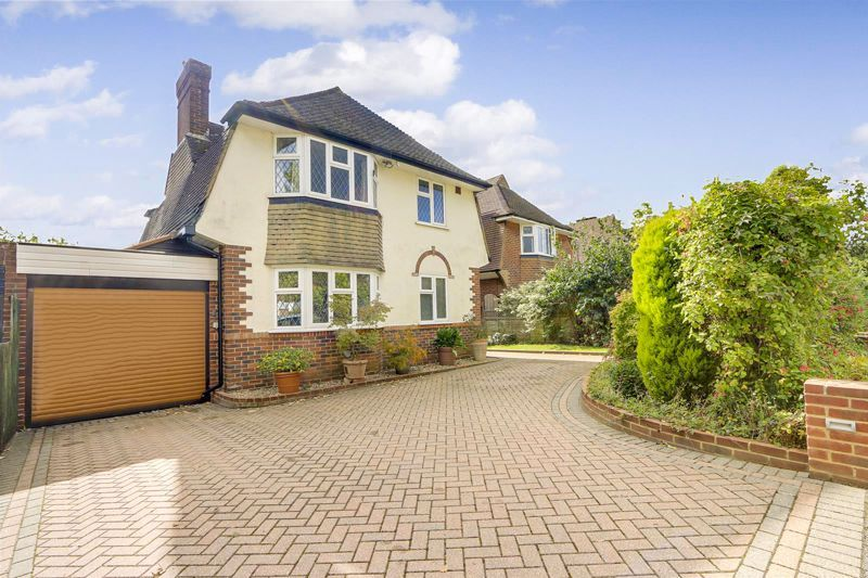 3 bed house for sale in Tattenham Way, KT20