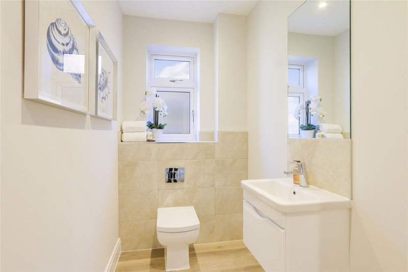 4 bed house for sale in Hornbeam Close  - Property Image 14
