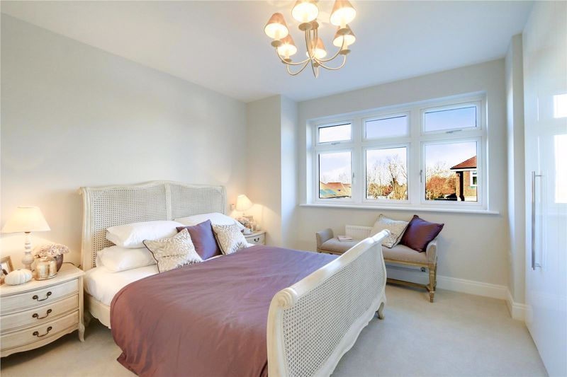 4 bed house for sale in Hornbeam Close 6
