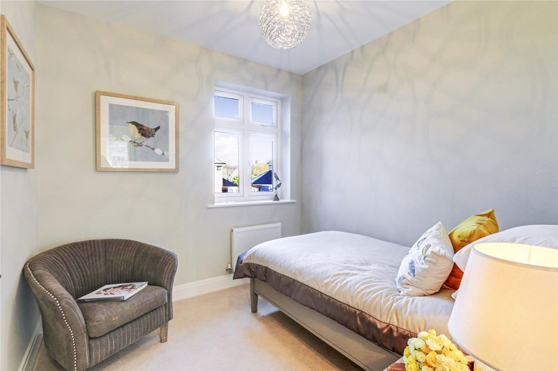 4 bed house for sale in Hornbeam Close 10
