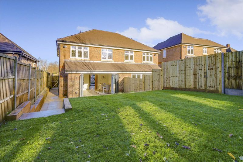 4 bed house for sale in Hornbeam Close  - Property Image 20