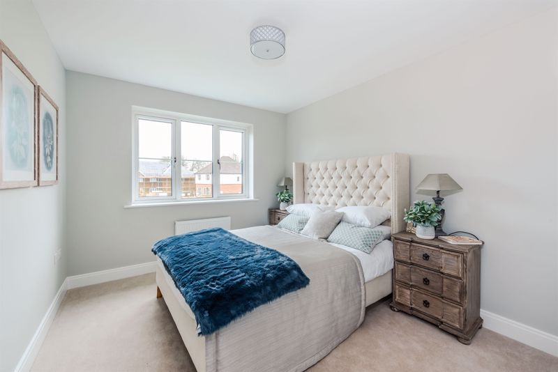 4 bed house for sale in Hornbeam Close 5