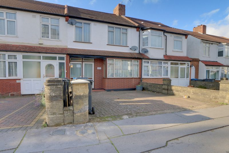 3 bed house for sale in Stafford Road, CR0
