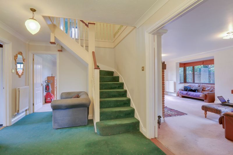 5 bed house for sale in The Lye 20