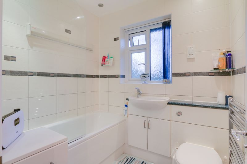 2 bed house for sale in Worcester Road  - Property Image 11