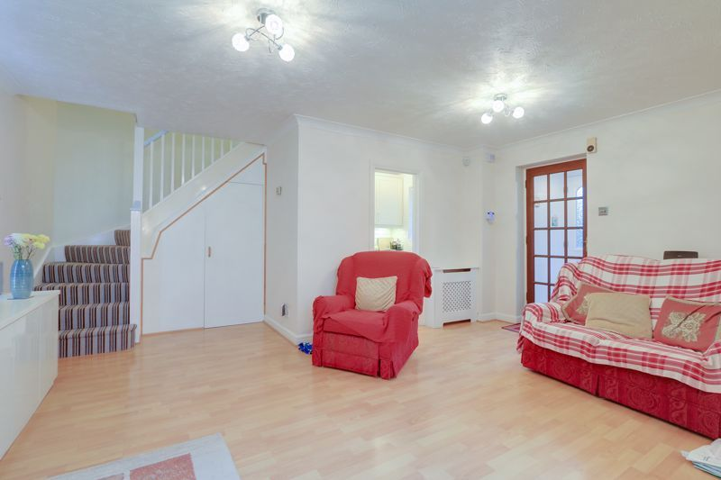 2 bed house for sale in Worcester Road 4