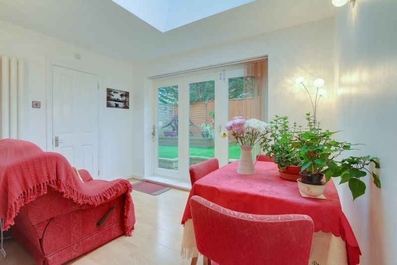 2 bed house for sale in Worcester Road  - Property Image 5