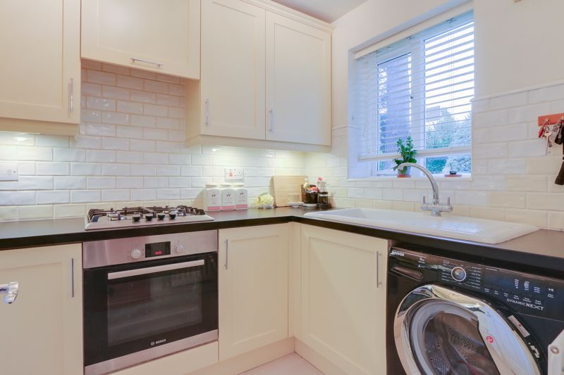 2 bed house for sale in Worcester Road  - Property Image 6