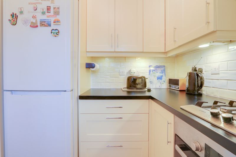2 bed house for sale in Worcester Road 7