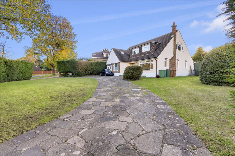 3 bed house for sale in West Way  - Property Image 2