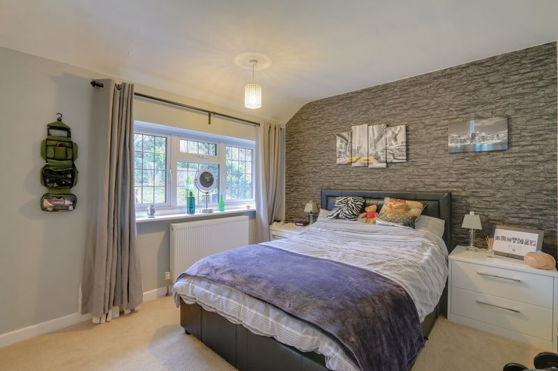 5 bed house for sale in Hillside 19