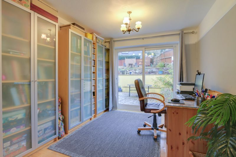 5 bed house for sale in Hillside 5
