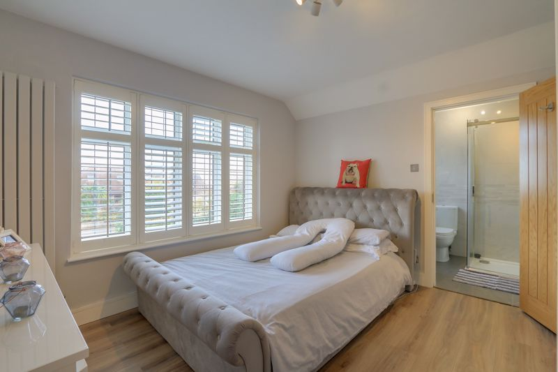 4 bed house for sale in Fir Tree Road  - Property Image 15