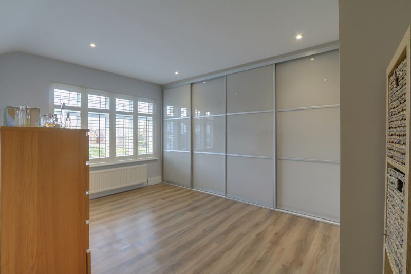 4 bed house for sale in Fir Tree Road  - Property Image 18