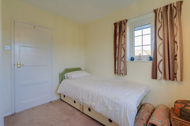 3 bed house for sale in Roundwood Way  - Property Image 15