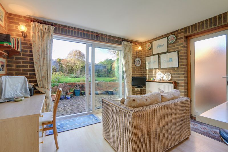 3 bed house for sale in Roundwood Way 9