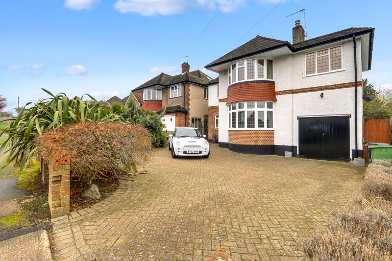 4 bed house to rent in Arundel Avenue 1