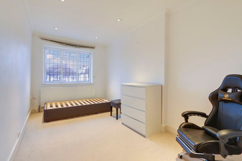 4 bed house to rent in Arundel Avenue 11