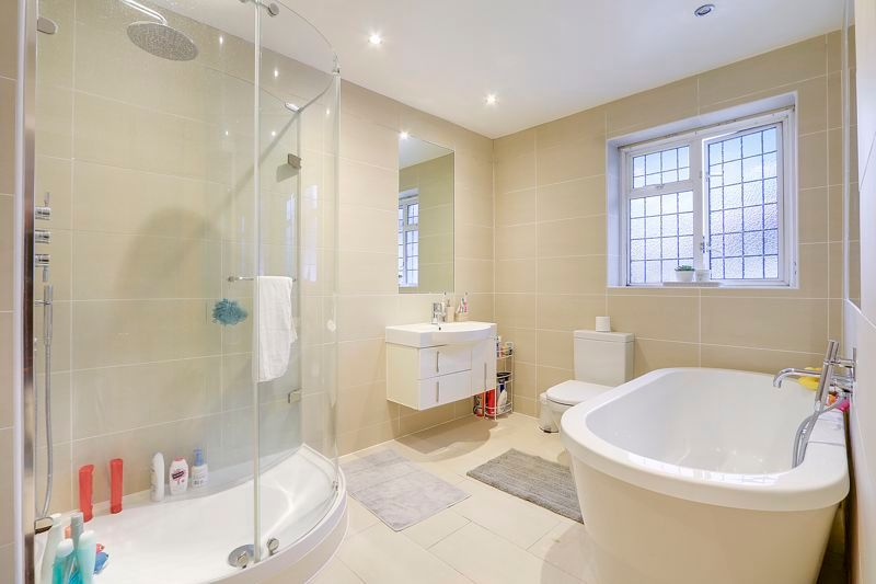 4 bed house to rent in Arundel Avenue 12