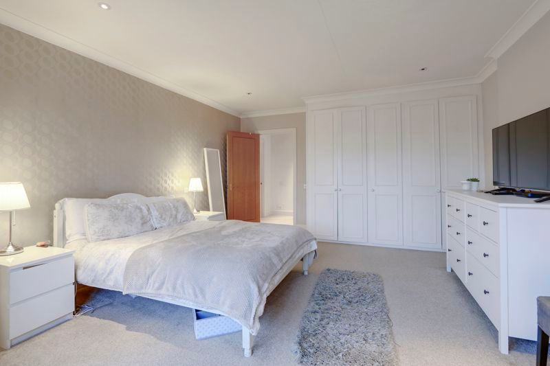 4 bed house to rent in Arundel Avenue 7