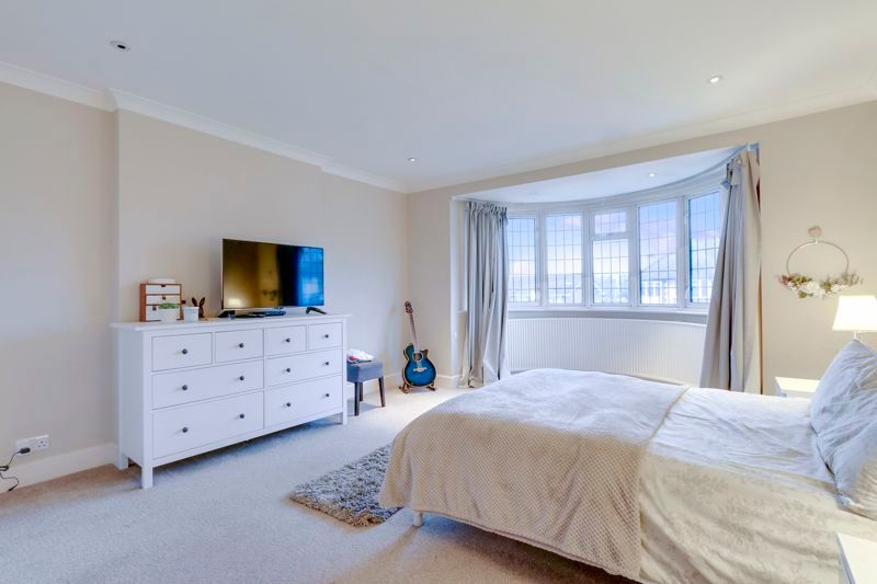 4 bed house to rent in Arundel Avenue 8